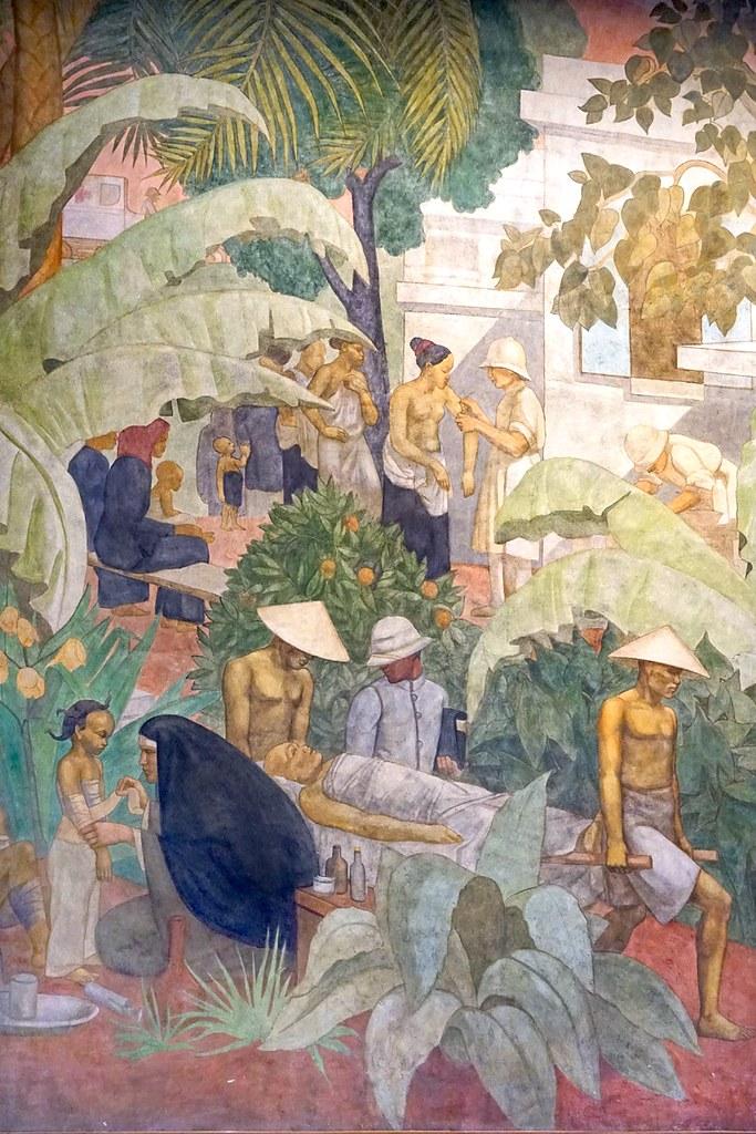 """""""Fresque du forum du Palais de la Porte Dorée (Paris)"""" by dalbera is licensed under CC BY 2.0"""